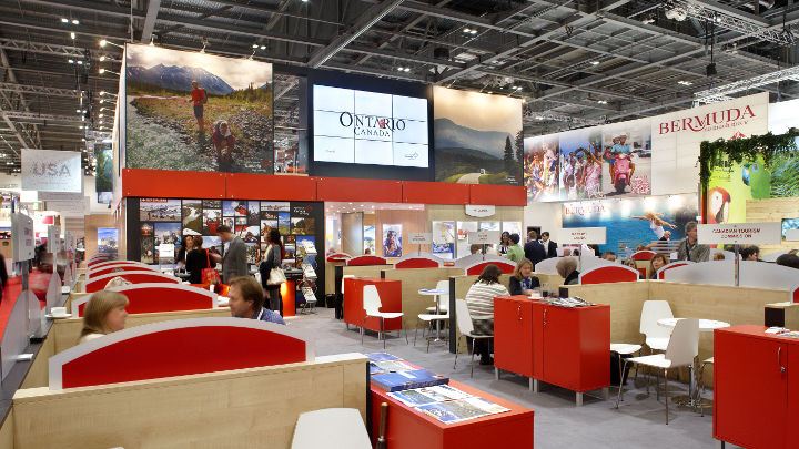 Meeting area at Excel London Exhibition Center illuminated by Philips Lighting high-bay solutions