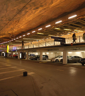 The new lights installed by Philips Lighting creates a unique atmosphere at P-Hämppi parking garage