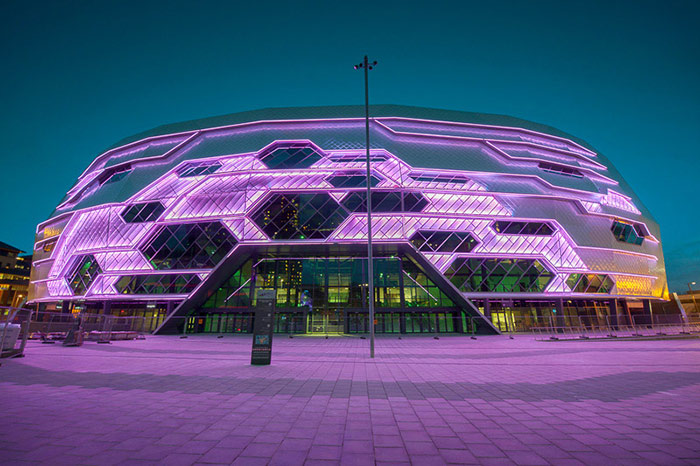 Lite Ltd and Philips illuminate Leeds Arena façade with colourful Philips lighting