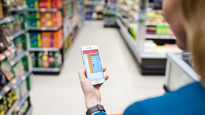 Philips Lighting's indoor positioning technology: how it works for indoor navigation and more
